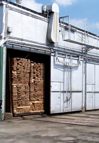 kiln for drying lumber
